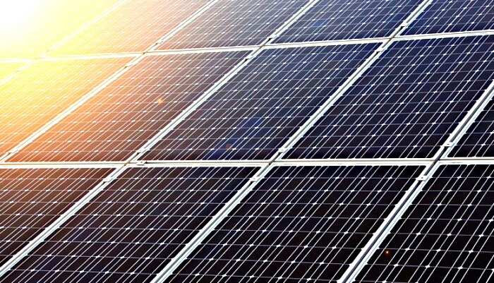 senate to epa-strengthen the clean power plan renewable energy solar panels from pixabay